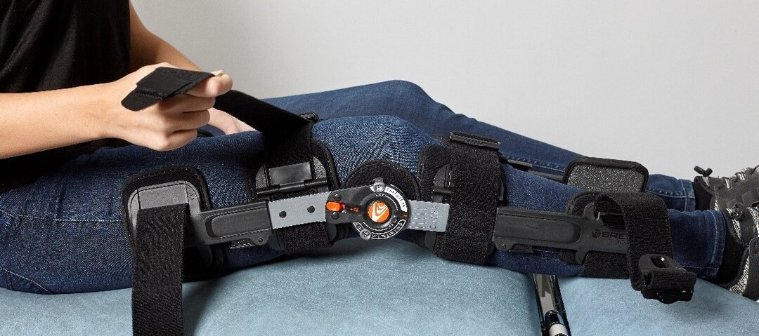 Picture showing how to strap the split